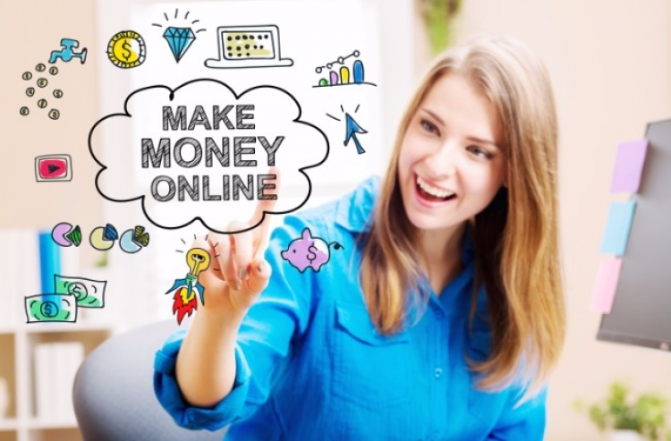 Three Ways to Earn Some Extra Cash Online
